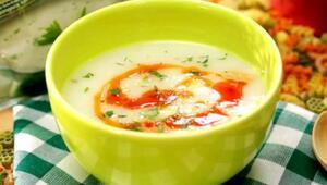 Hazerin Lezzetli Tarifleri - Kremalı Tavuk Çorbası