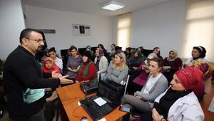 Yenimahallede eğitim seminerleri