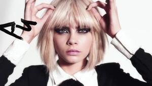 Ünlü Model Cara Delevingne Punkçı Oldu