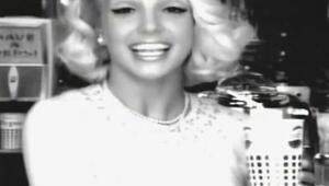 Ünlü Şarkıcı Britney Spears ile 1958den Bugüne