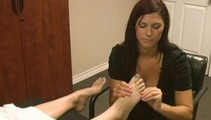 Ayak Masajı Nasıl Yapılır