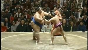 Zorlu Sumo Güreşi