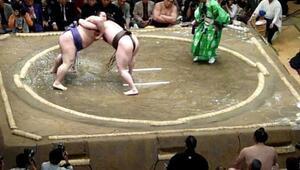 Hakuho vs. Hiroyuki