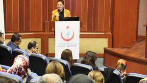 Sağlık çalışanlarına, çocukluk çağı ruhsal hastalıkları eğitimi