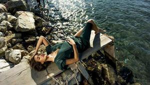 Dilan Çiçek Deniz: Küçük bir yerde yaşarken adeta okyanusa geldim