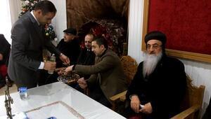 Midyat'taki Süryaniler Yaldo bayramını kutladı