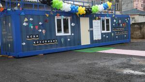 Sultanbeyli'ye 'Uçan Kütüphane' açıldı