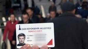 Beckhamın fotoğrafıyla öğrenci kartı aldı