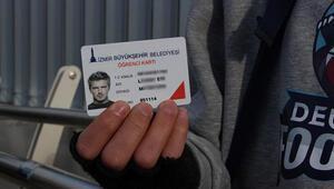 David Beckham fotoğrafıyla öğrenci kartı aldı