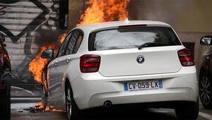 Fransada 1000 araç yakıldı