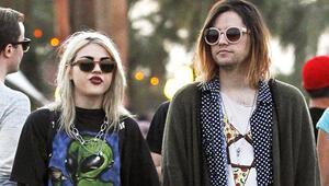 Kurt Cobainin gitarı davalık oldu