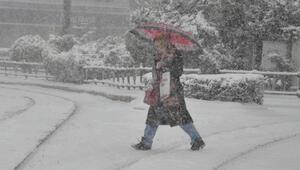 Eskişehirde kar yağışı etkili oldu
