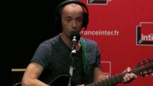 Küstah Fransızdan Reinadaki terör saldırısına ahlaksız şarkı