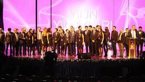Üniversitelilerden Hürriyet'e yılın yıldızı ödülü
