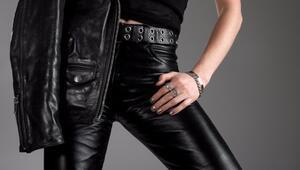 8 adımda deri pantolonlarla mükemmel görünün