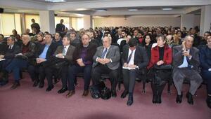 İzmir Barosunda anayasa konuşuldu