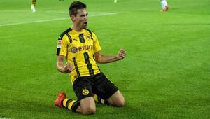 Dortmund, Raphael Guerreironun sözleşmesini uzattı