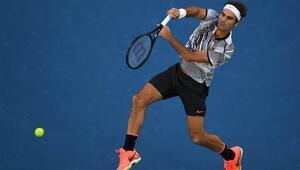 Roger Federer yarı finalde... Venus Williams tarihe geçti