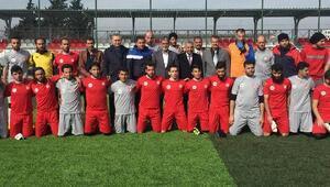 Suriye futbol takımlarından kardeşlik turnuvası