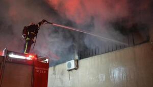 Bursada tekstil fabrikası yangında kül oldu