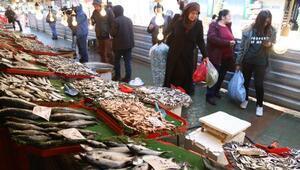 Balık pahalı olunca rağbet azaldı