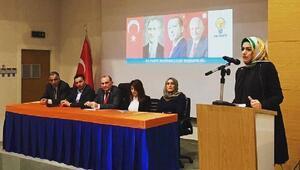 AK Parti Bayraklıda kadın kolları yenilendi