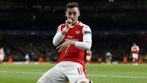 Mesut Özile Paristen davet var