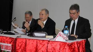 Prof. Dr. Batum: Yeni anayasa haince bir anayasadır
