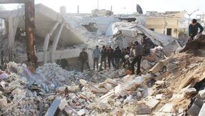 Suriyeli muhaliflerin kontrolündeki İdlib bombalandı... Çok sayıda sivil öldü