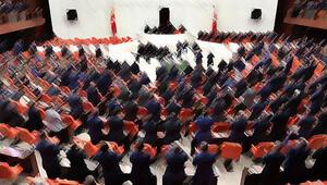 AK Partili milletvekili Evet deyin dedi; CHP'liler alkışlayarak, destek verdi
