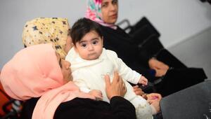 Anneler, ilk süt dişi bakımı ve emzirme dönemi seminerine katıldı