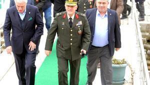 Bursaspor'a, Tuğgeneral Ahmet Hacıoğlu'ndan ziyaret