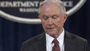 Trumpa bir şok da Adalet Bakanı Sessionstan: O soruşturmalardan çekiliyorum