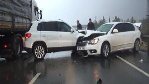 Şanlıurfada bakan konvoyunda zincirleme kaza: 8 yaralı (2)