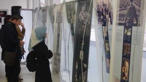 Anne Frank-Günümüz İçin Bir Tarih sergisi Bursa'da açıldı