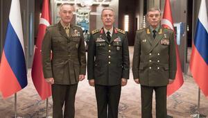 Üç genelkurmay başkanının Antalya'da buluşması doları geriletti