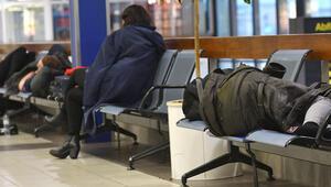 Berlin'de 659 uçuş iptal edildi