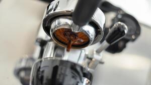 Yeni başlayanlar için espresso nasıl içilir