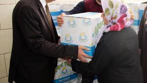 Şanlıurfa'da 6 bin aileye gıda paketi