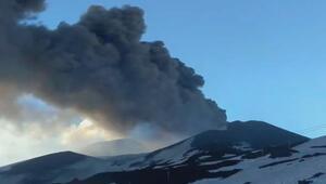 Etna Yanardağında patlama