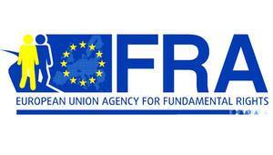 FRA: Başörtüsü kararı eşitliği sağlayacak