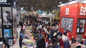 Bursa Kitap Fuarı'na 265 bin ziyaretçi
