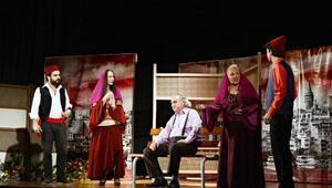 Mudanyalılar tiyatroya doydu