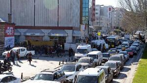 Fatihte hafriyat kamyonu bir kadını ezdi (2)