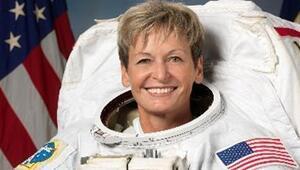 Kadın astronottan uzayda yürüyüş rekoru
