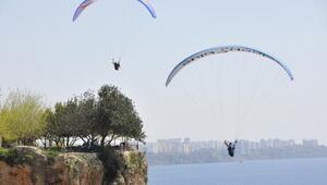 Otizmli çocukların yamaç paraşütü mutluluğu