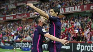 Barcelona, Real Madridi takibini sürdürüyor