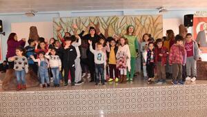 Bosch Çevre Çocuk Tiyatrosu Anamurlu çocuklarla buluştu