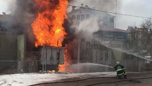 Elektrik trafosunda yangın