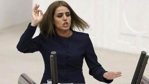 HDPli milletvekili Ayşe Acar gözaltına alınıp bırakıldı